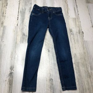 Children's place Girls Jeans size 6 skinny